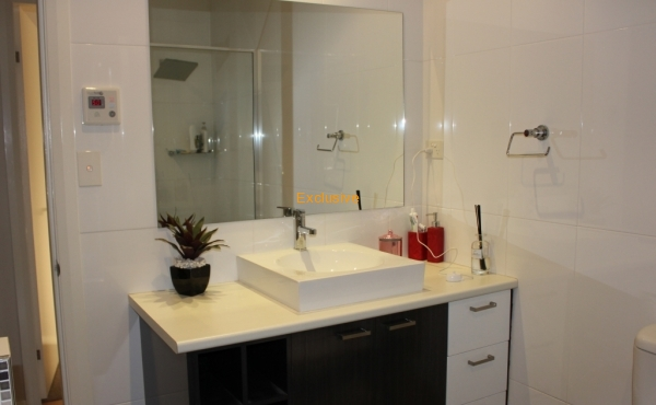 90A DONCASTER DRIVE INVERELL 028