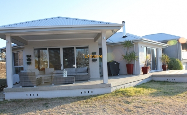 90A DONCASTER DRIVE INVERELL 07
