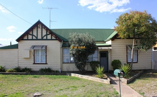 17A ANDREW STREET INVERELL 02